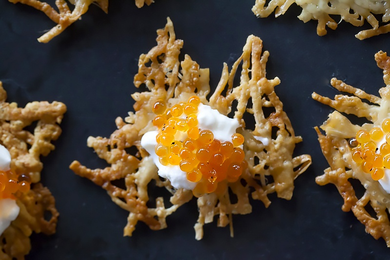 Parmesan crisps with caviar